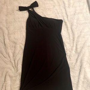 🎉 Black one shoulder cocktail dress
